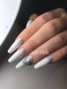 Frozen Diamonds Nails By Joëlla Alfons
