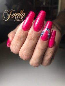 Pink Nails by Joëlla Alfons